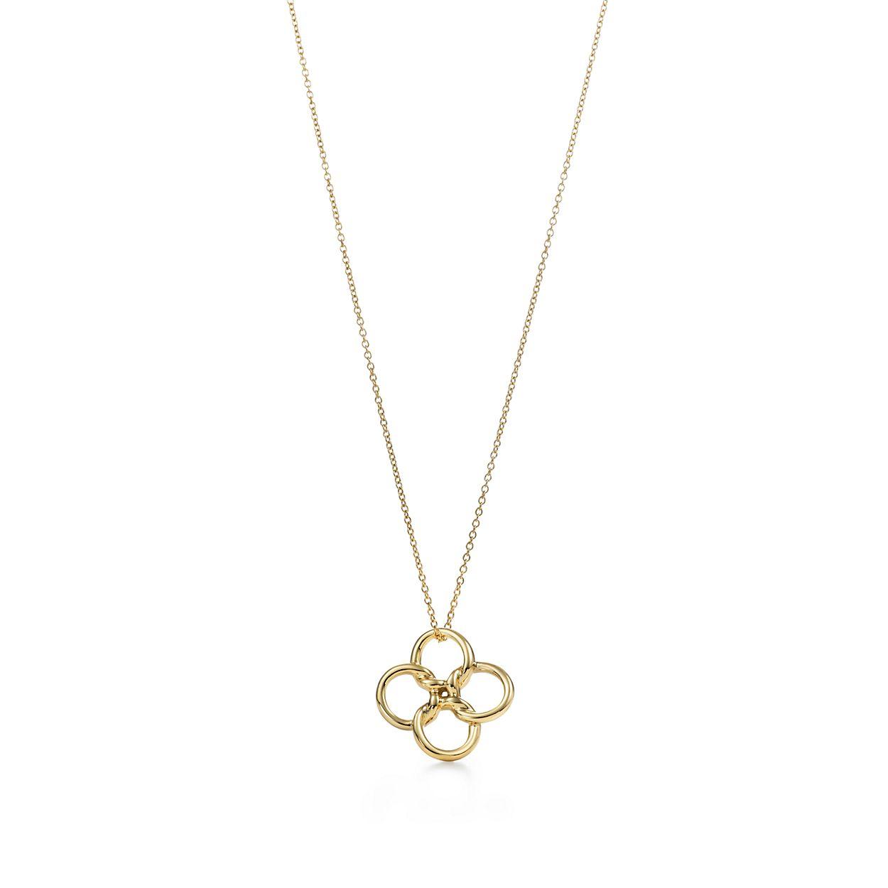 Elsa peretti quadrifoglio pendant in 18k gold small tiffany elsa perettiquadrifoglio pendant mozeypictures Gallery