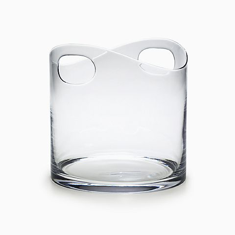 Ice bucket in crystal with handles.