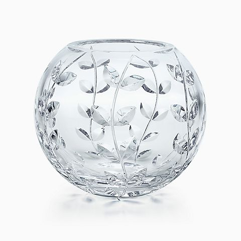 Floral Vine rose bowl in hand-cut crystal.