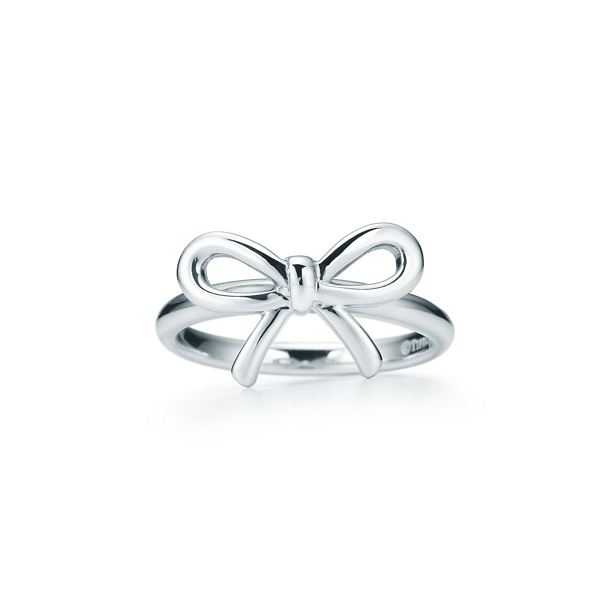Tiffany Bow ring in sterling silver. | Tiffany & Co.