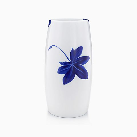 Tiffany Vines vase in porcelain, large.
