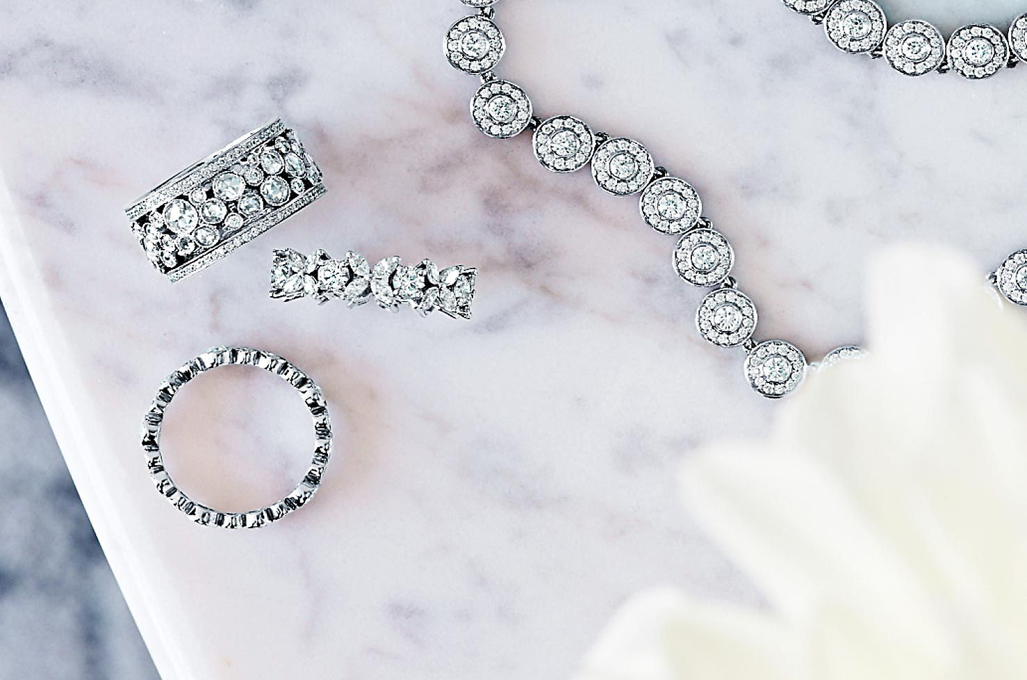 Wedding Gift For Bride Tiffany : Wedding Gift Ideas and Jewelry Tiffany & Co.