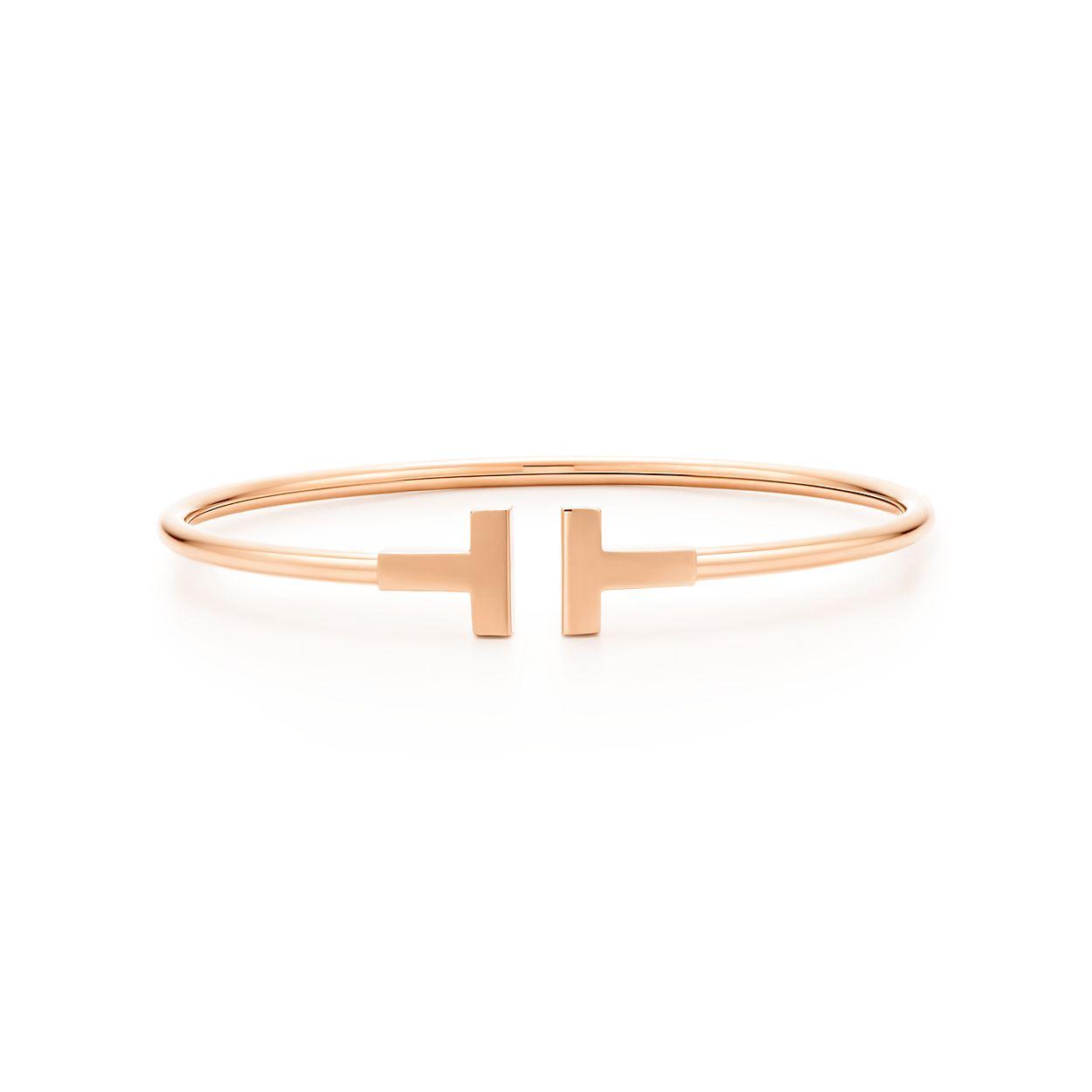 Tiffany T wire bracelet in 18k rose gold, medium. | Tiffany & Co.