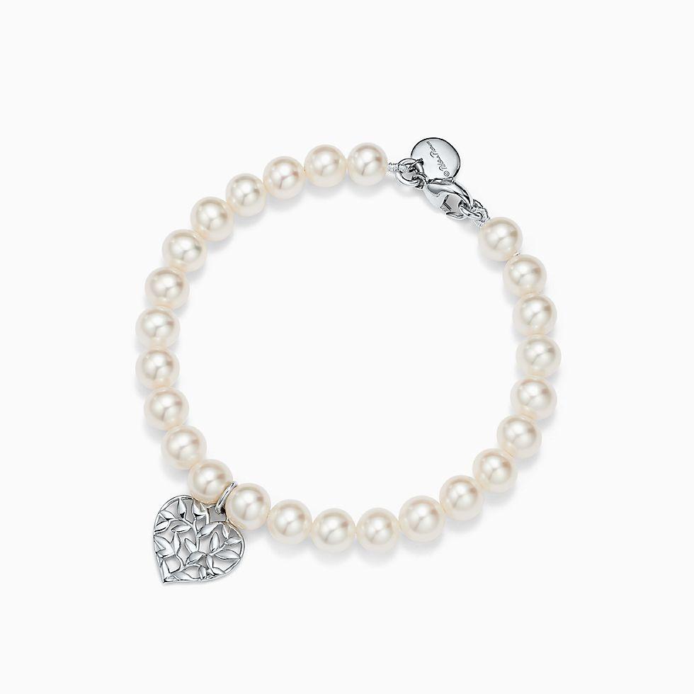 Pearl jewelry tiffany co httpmediatiffanyisimagetiffanyecombrowselpaloma picasso olive leaf pearl heart bracelet 37088536980137sv1gopusm100100 aloadofball Choice Image