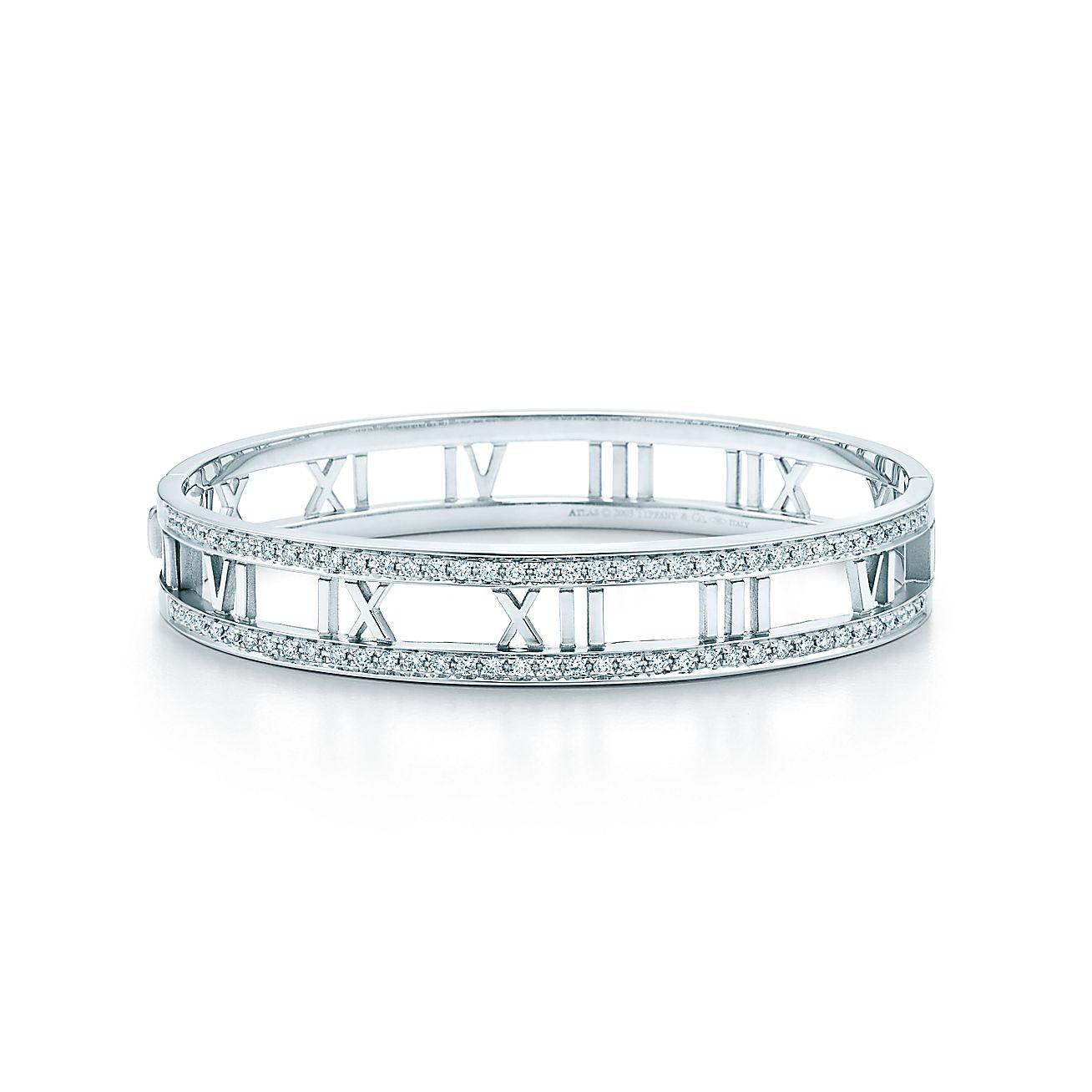 Atlas®™ Armreif aus 18 kt. Weißgold mit Diamanten.  Tiffany & Co.