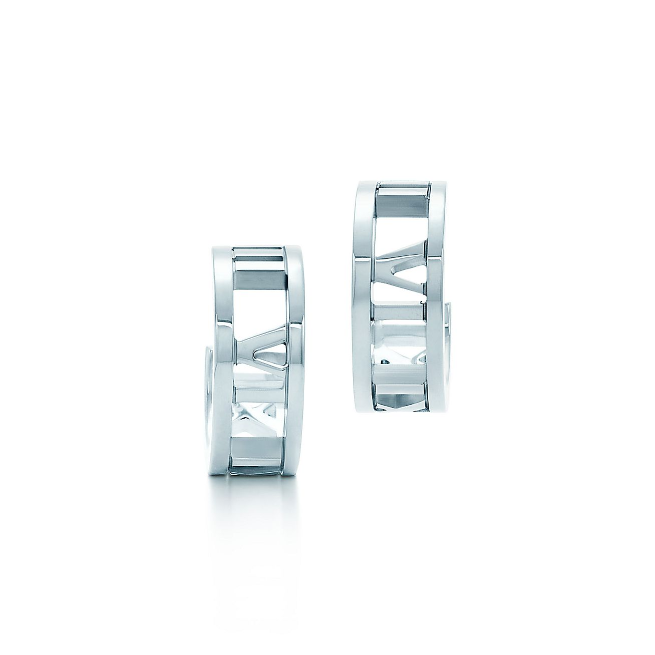 Atlas® hoop earrings in sterling silver, mini. | Tiffany & Co.