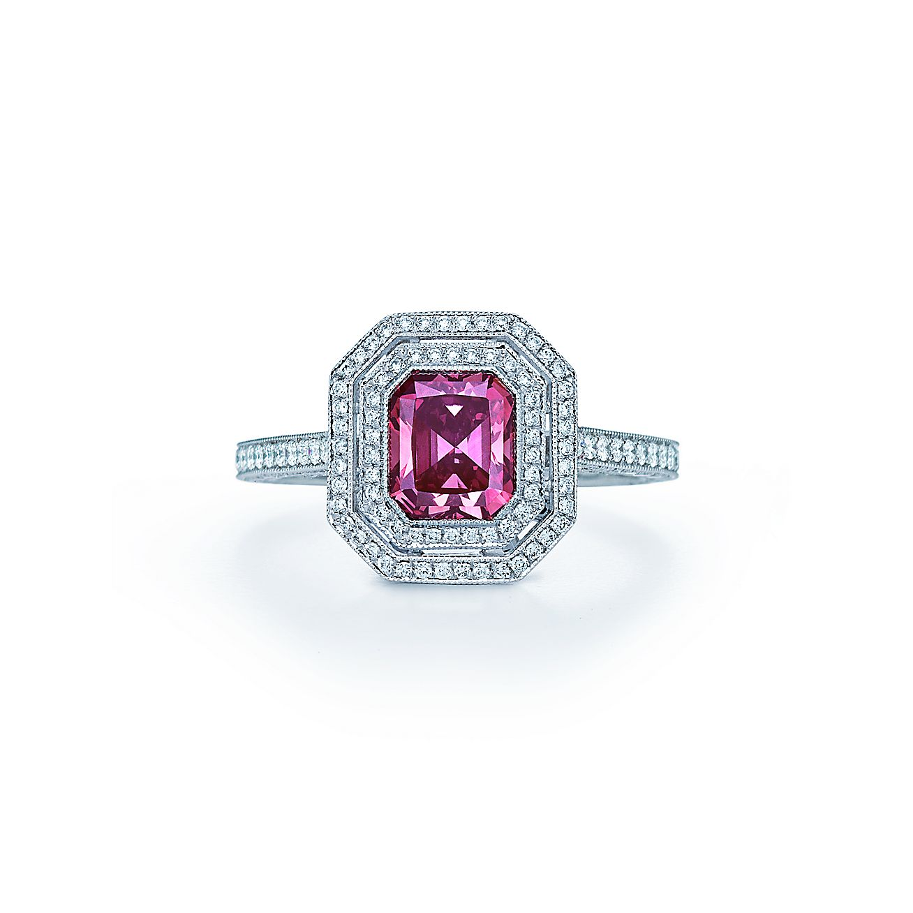 Ring In Platinum With A 1 14 Carat Fancy Deep Pink Diamond
