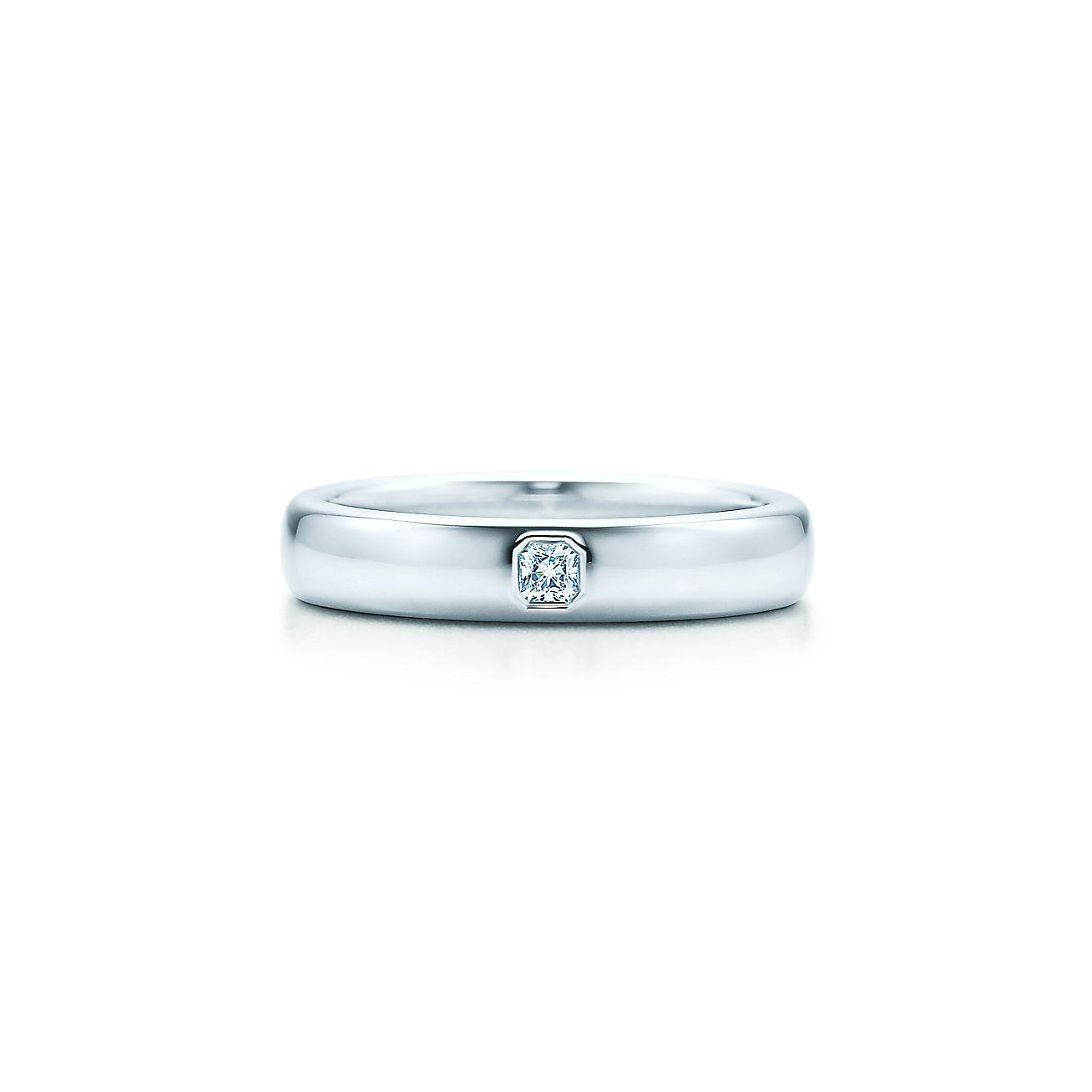 LucidaR Band Ring Bezel Set Diamond Platinum