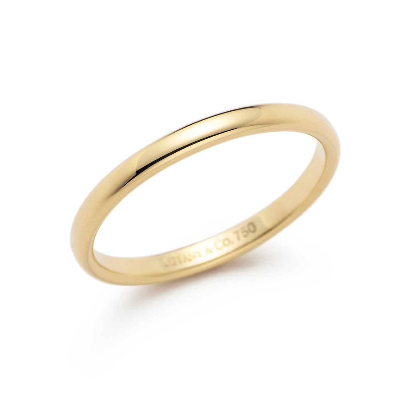 lucida 174 wedding band ring in 18k gold 2mm wide