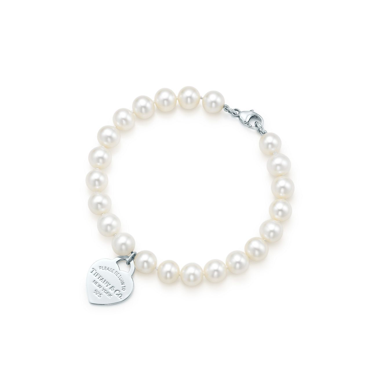 Tiffany Heart Bracelet >> Return to Tiffany™ small heart tag in silver on a ...