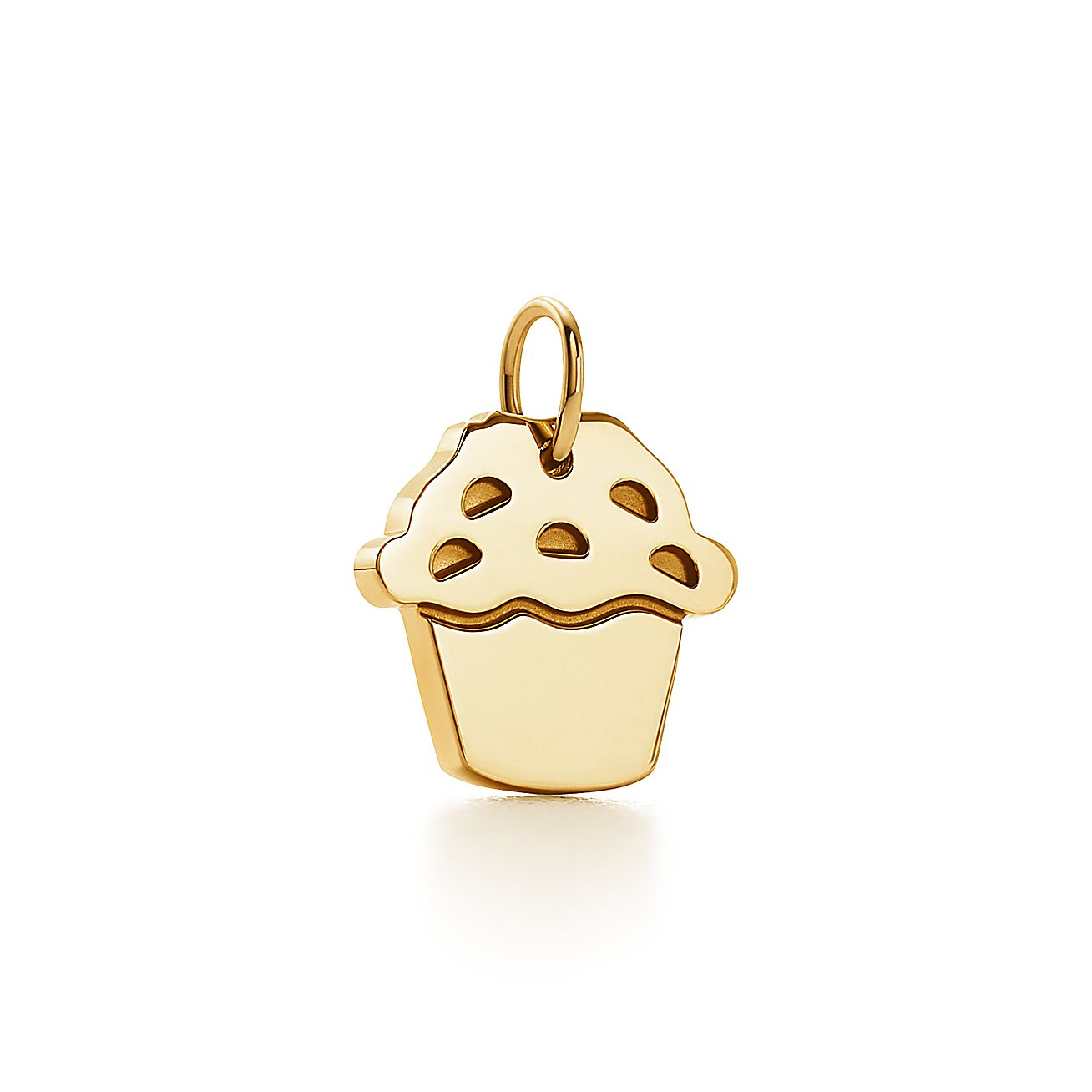 Tiffany Charms love muffin charm in 18k gold. | Tiffany & Co.