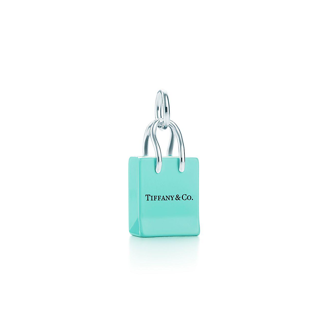 berloque de sacola de compras tiffany co em prata de lei com esmalta o tiffany co. Black Bedroom Furniture Sets. Home Design Ideas