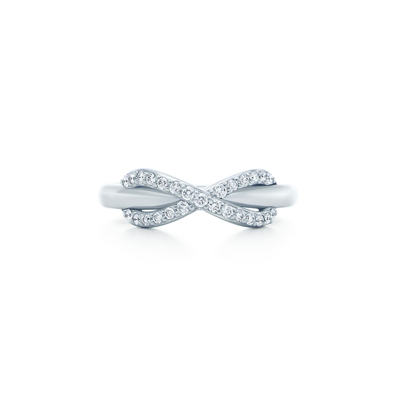 tiffany infinity ring in 18k white gold with diamonds