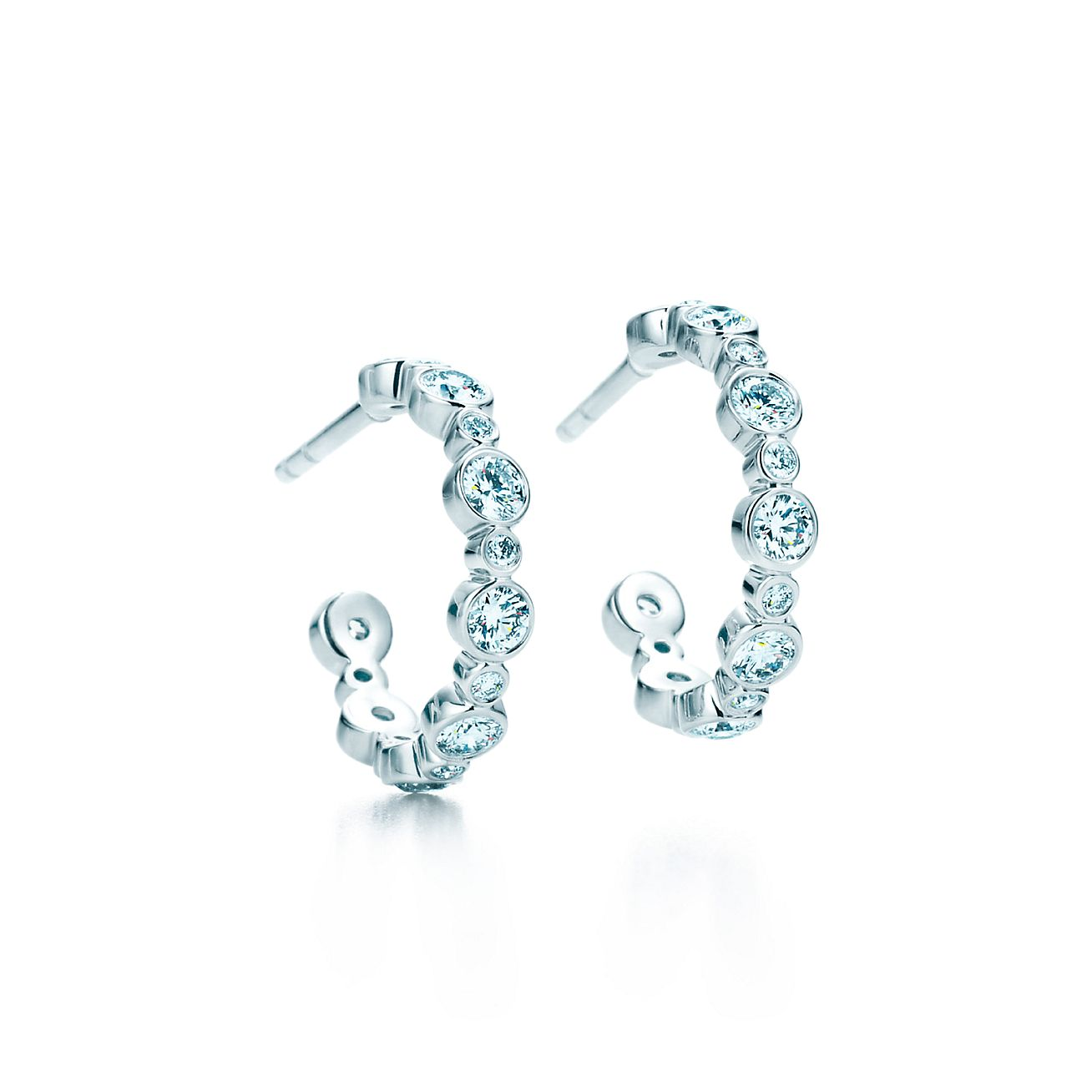 tiffany jazz� hoop earrings with diamonds in platinum