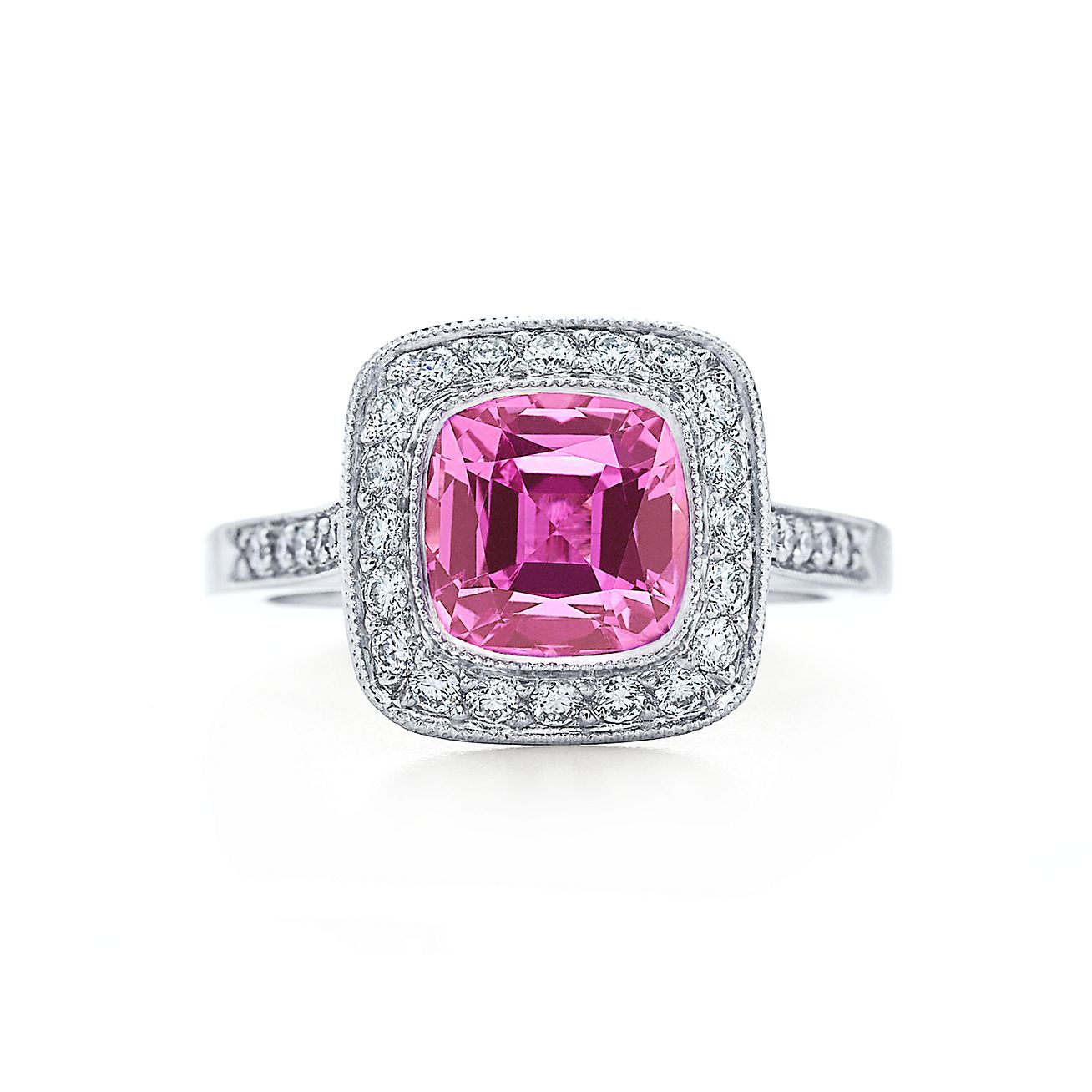 Tiffany Legacy Collection™ ring with a pink sapphire and diamonds in platinum