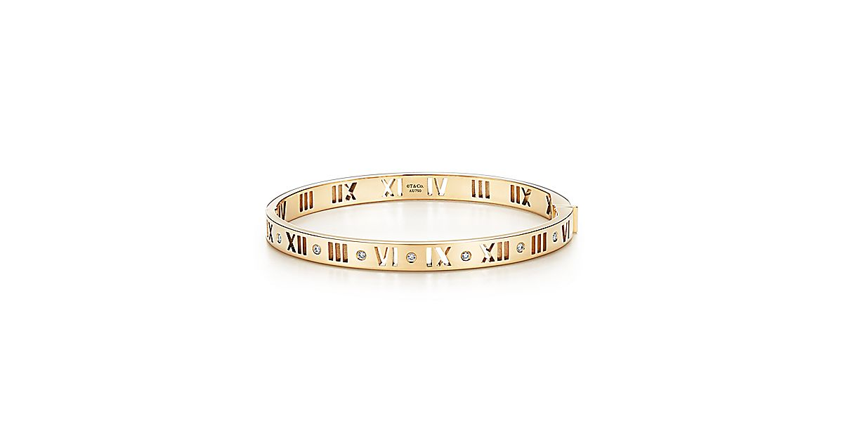 Atlas 174 Narrow Pierced Hinged Bangle In 18k Gold With