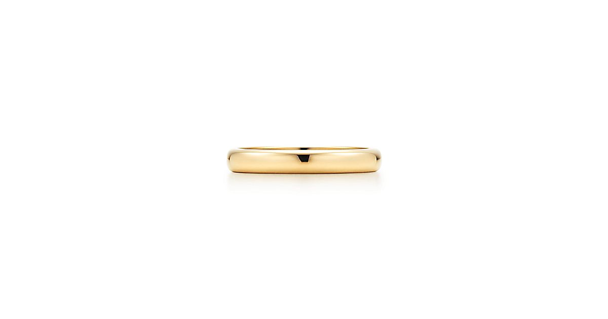 Tiffany Classic™ wedding band ring in 18k gold, 3 mm wide ...