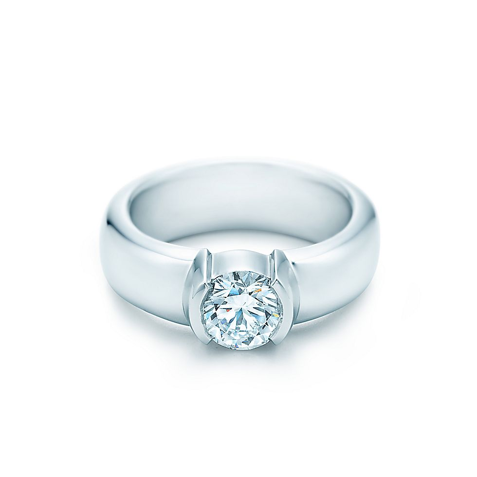 Etoile engagement rings tiffany co for Tiffany weddings rings
