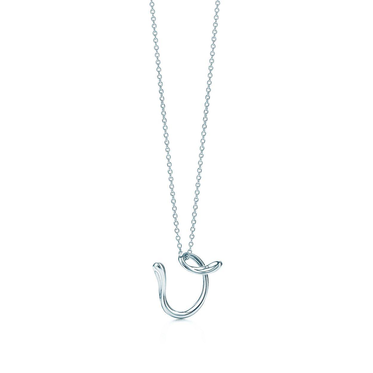 Elsa Peretti letter V pendant in sterling silver, small - Size V Tiffany & Co.