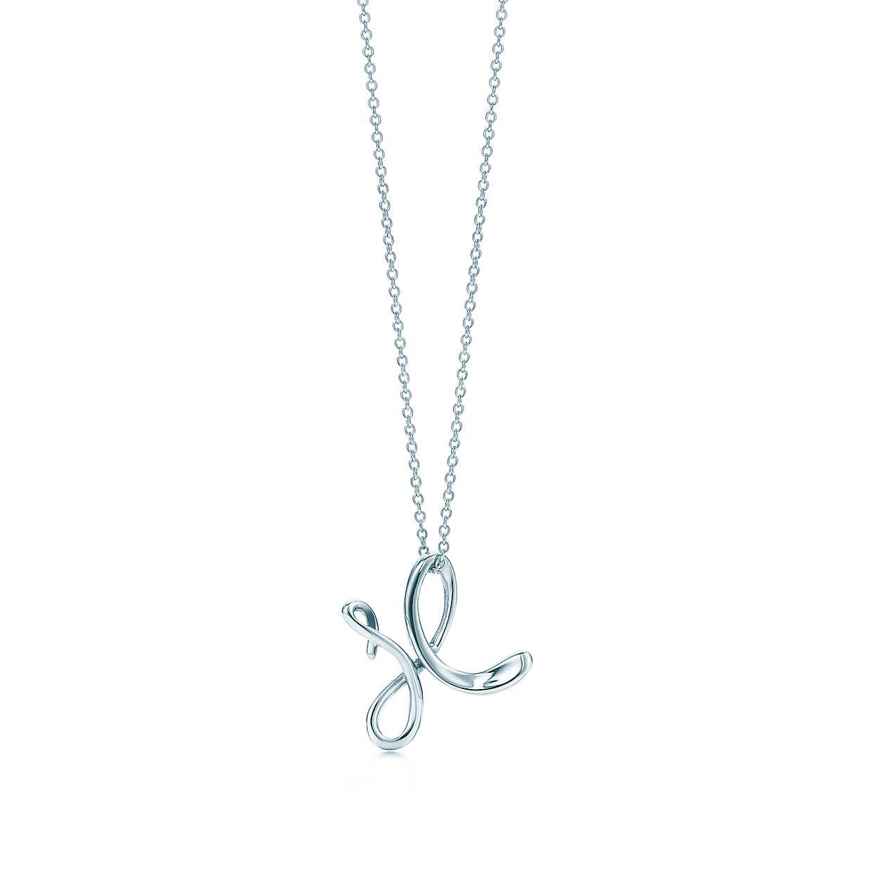 Elsa Peretti letter W pendant in sterling silver, small - Size W Tiffany & Co.
