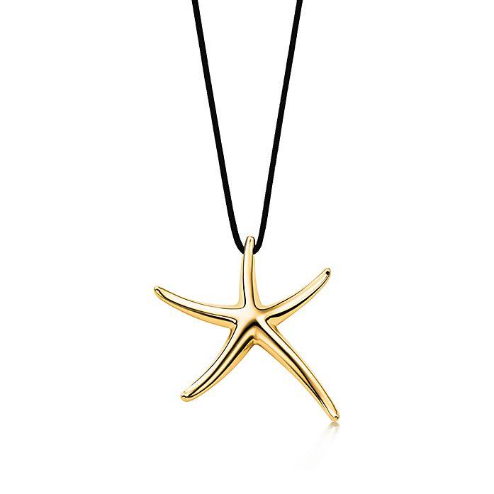 02f76b6b7 Elsa Peretti® Starfish pendant in 18k gold. | Tiffany & Co.