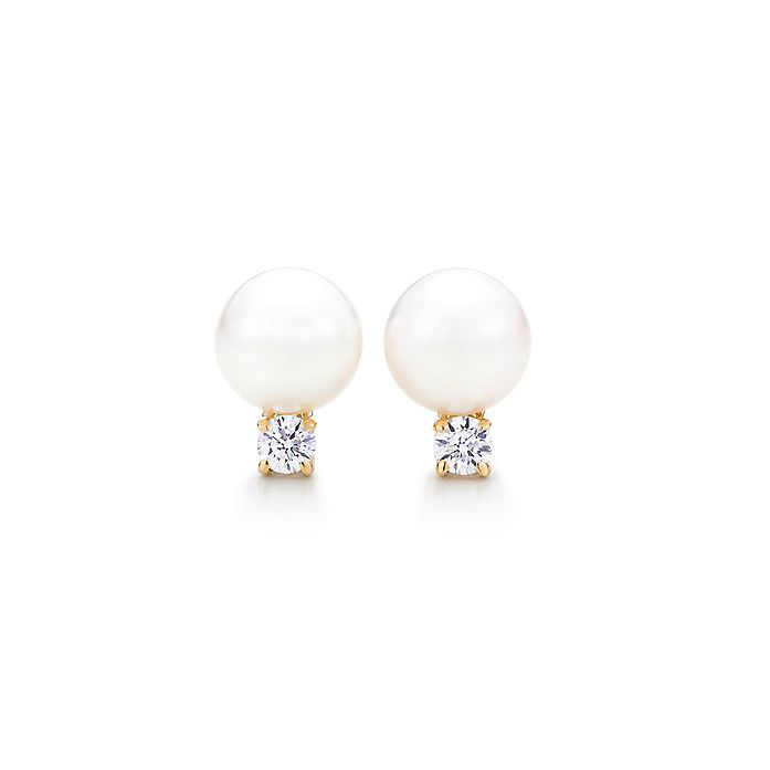 b5fddb954a3206 Tiffany Signature® Pearls earrings in 18k gold with pearls and ...