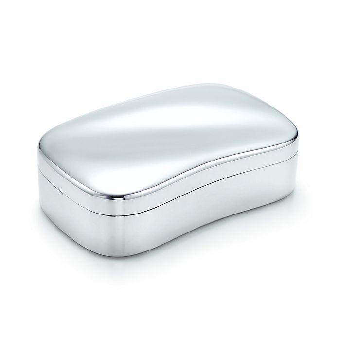 Elsa Peretti® Wave box, small  Sterling silver    Tiffany & Co