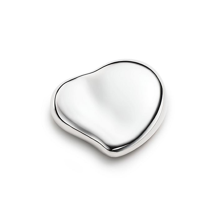 ef35f67bc5c7 Elsa Peretti® Heart paperweight in sterling silver. | Tiffany & Co.