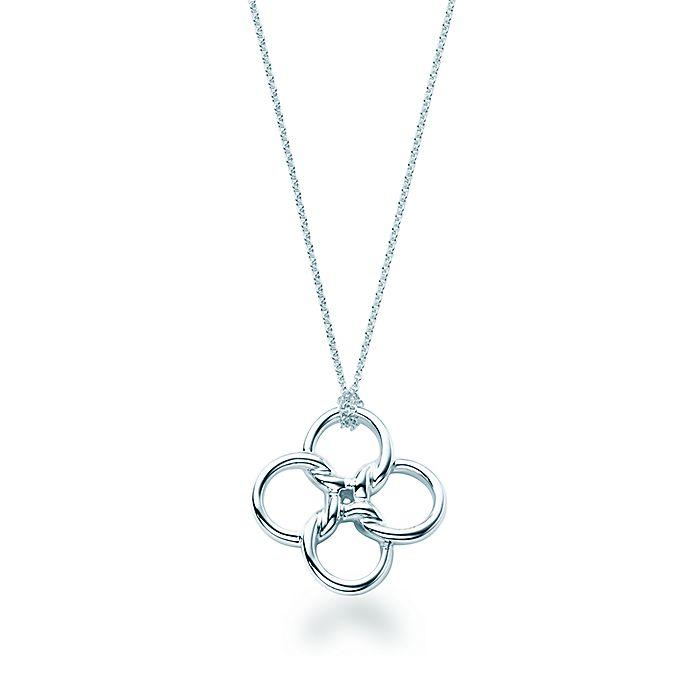 b5efc135e Elsa Peretti® Quadrifoglio™ pendant in sterling silver. | Tiffany & Co.