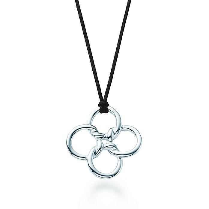 97d8f8c60 Elsa Peretti® Quadrifoglio™ pendant in sterling silver, large ...