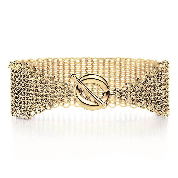 b8323d702 Elsa Peretti® Mesh toggle bracelet with Sevillana™ toggle in 18k ...