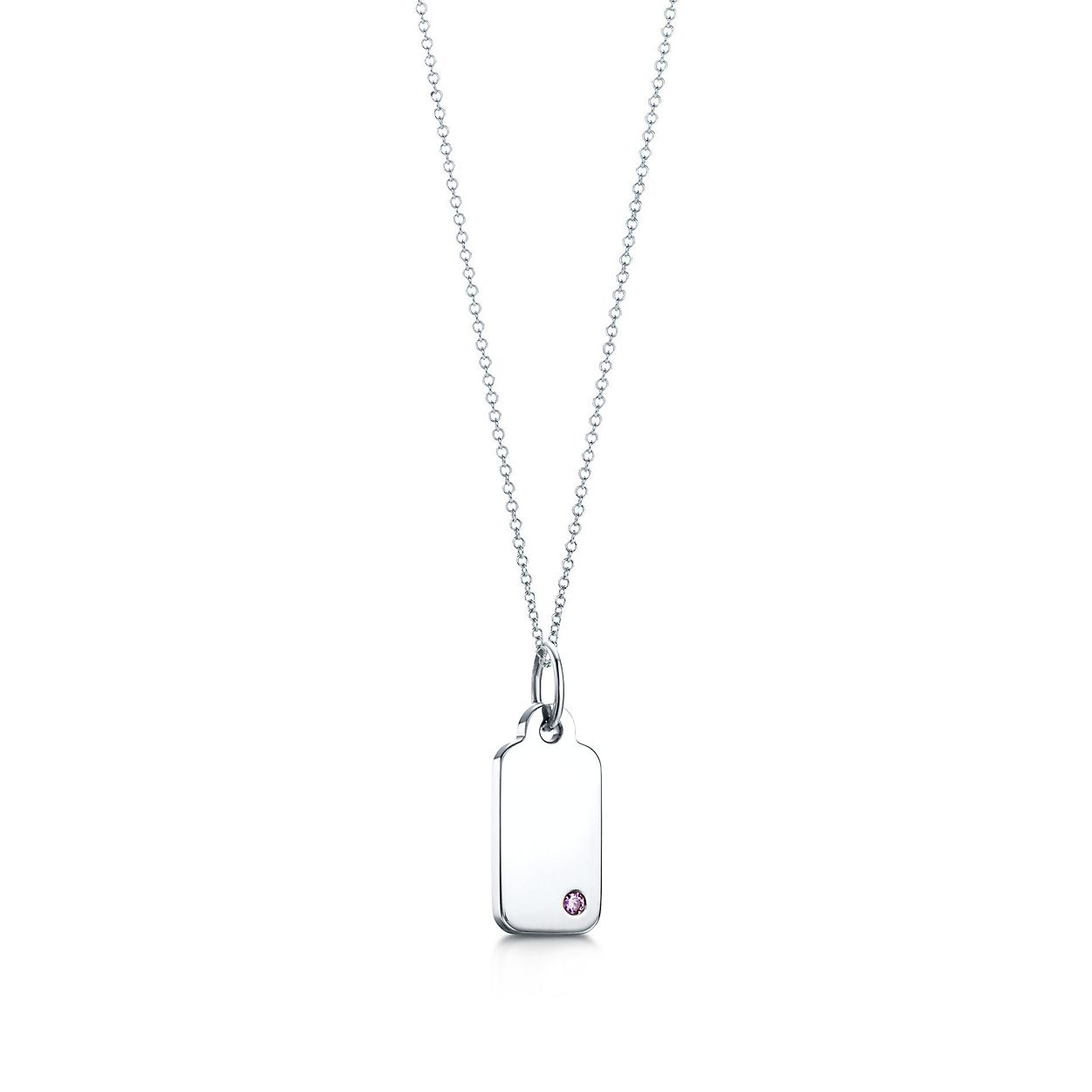 Tiffany Charms rectangle tag in 18k white gold with an amethyst, mini Tiffany & Co.