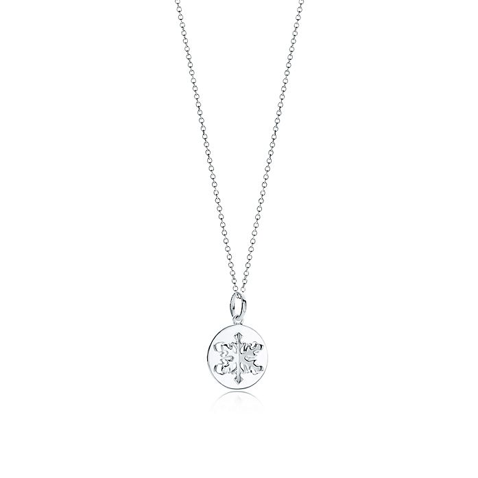5e0d5e0f5 Tiffany Charms snowflake charm in sterling silver. | Tiffany & Co.