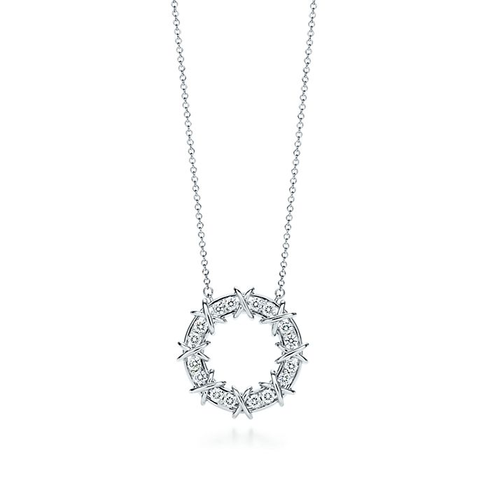 f8a98f52e167 Tiffany   Co. Schlumberger Sixteen Stone pendant in platinum with ...