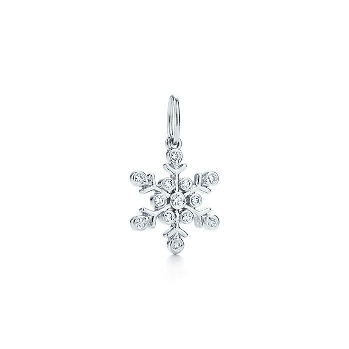 0b87ee7243679 Snowflake Charm