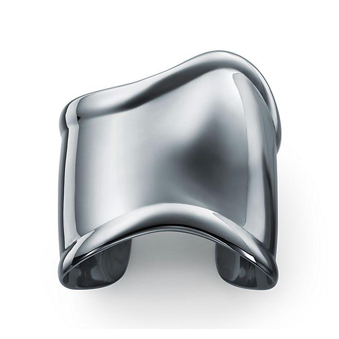 98f972494 Elsa Peretti® charcoal-color Bone cuff in ruthenium, medium ...