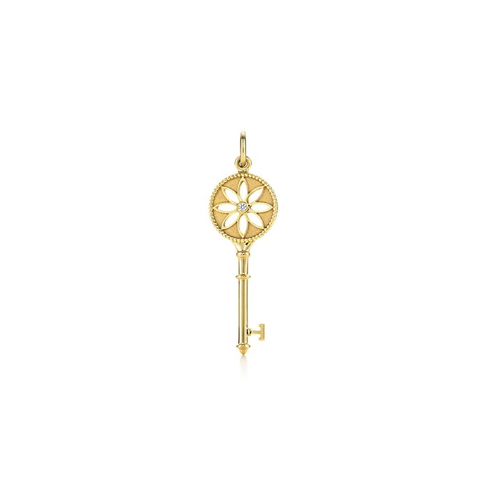 6653d0de5 Tiffany Keys daisy key pendant in 18k gold with a diamond. | Tiffany ...
