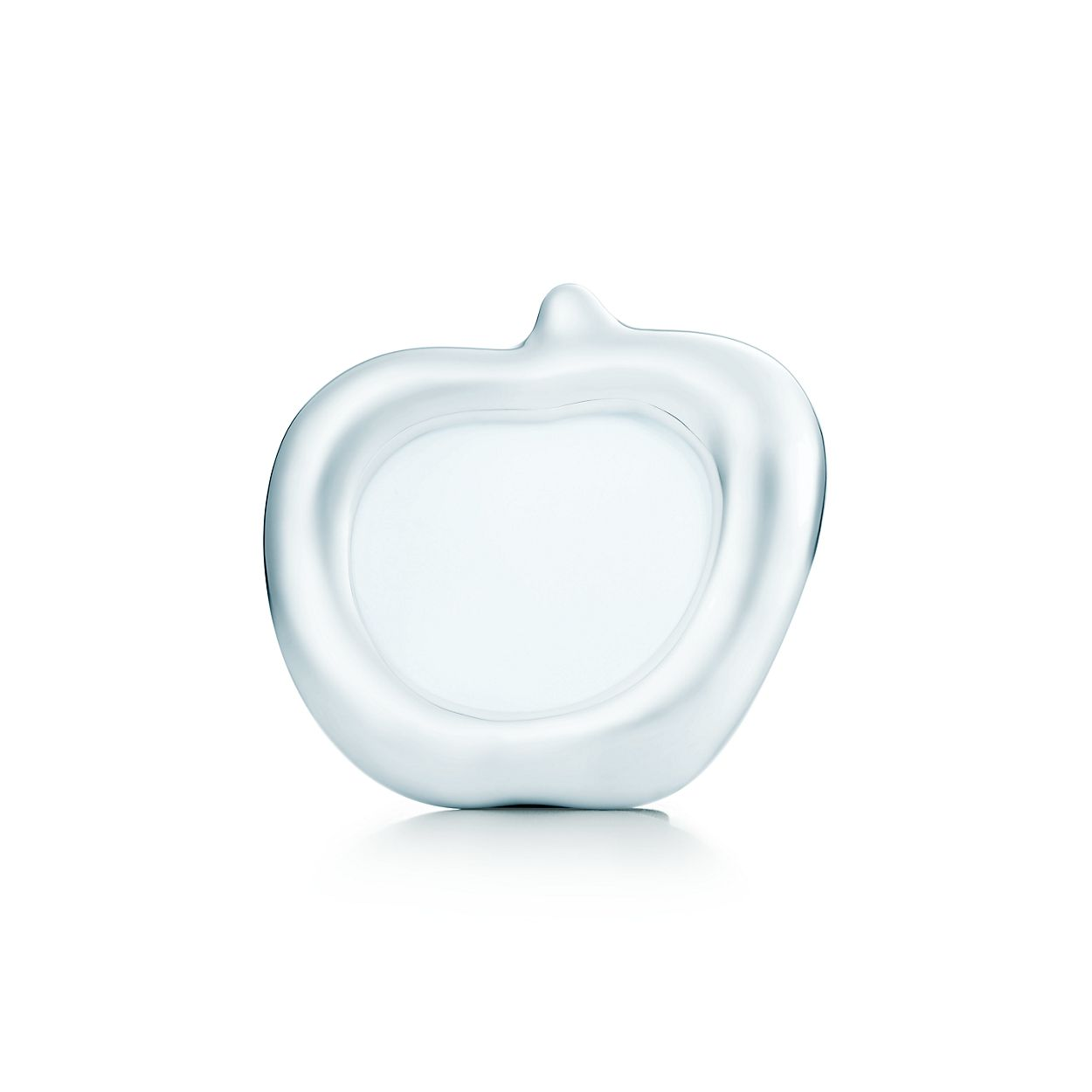 Marco Apple de Elsa Peretti® en plata esterlina. | Tiffany & Co.