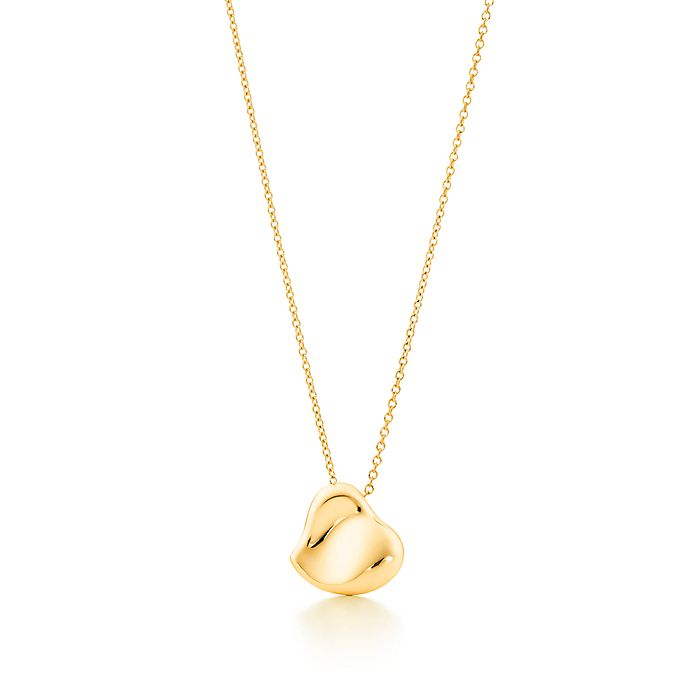 5532dd3cc Elsa Peretti® Full Heart pendant in 18k gold, 14 mm wide. | Tiffany ...