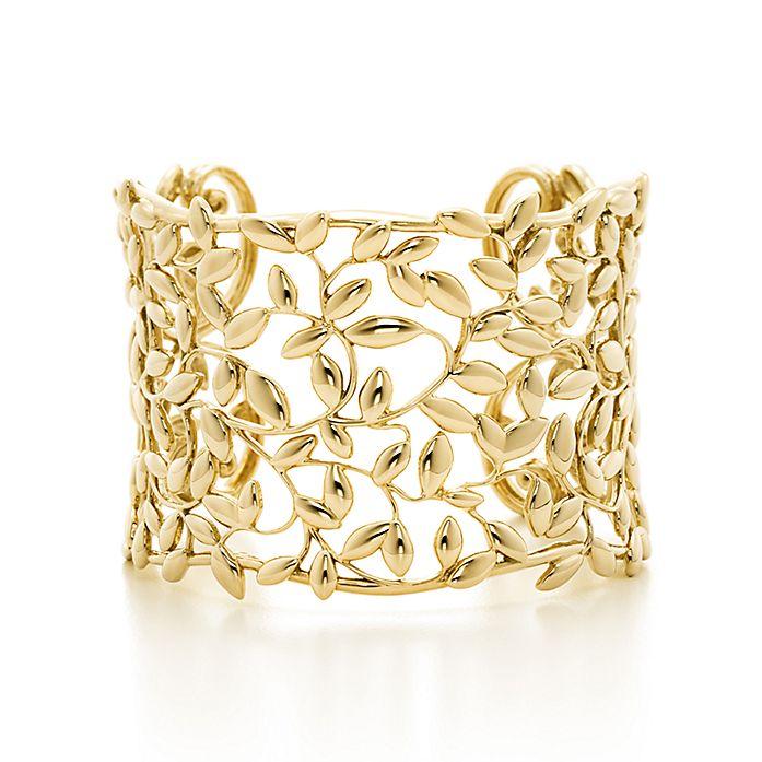 b2d305894 Paloma Picasso® Olive Leaf cuff in 18k gold, medium. | Tiffany & Co.