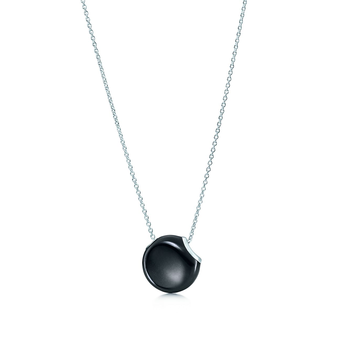 Elsa Peretti Bean pendant in sterling silver with black jade Tiffany & Co.