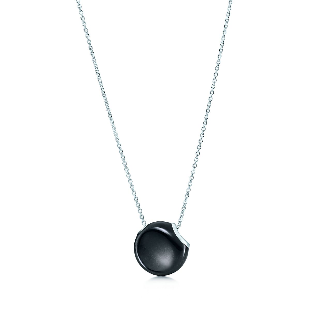 Elsa Peretti Bean pendant in sterling silver with black jade Tiffany & Co. aPjzE
