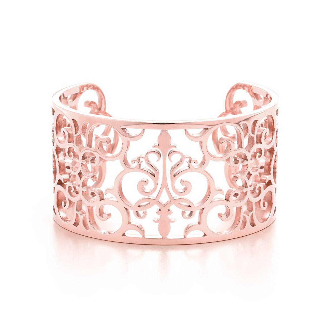 Tiffany Enchant® cuff in Rubedo® metal, medium. | Tiffany & Co.