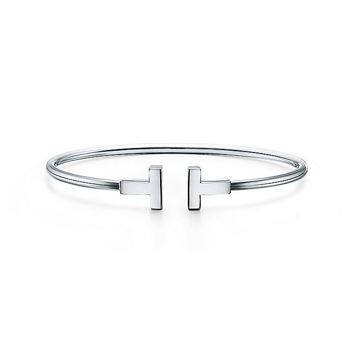 848e43984 Tiffany T wire bracelet in 18k white gold, medium. | Tiffany & Co.
