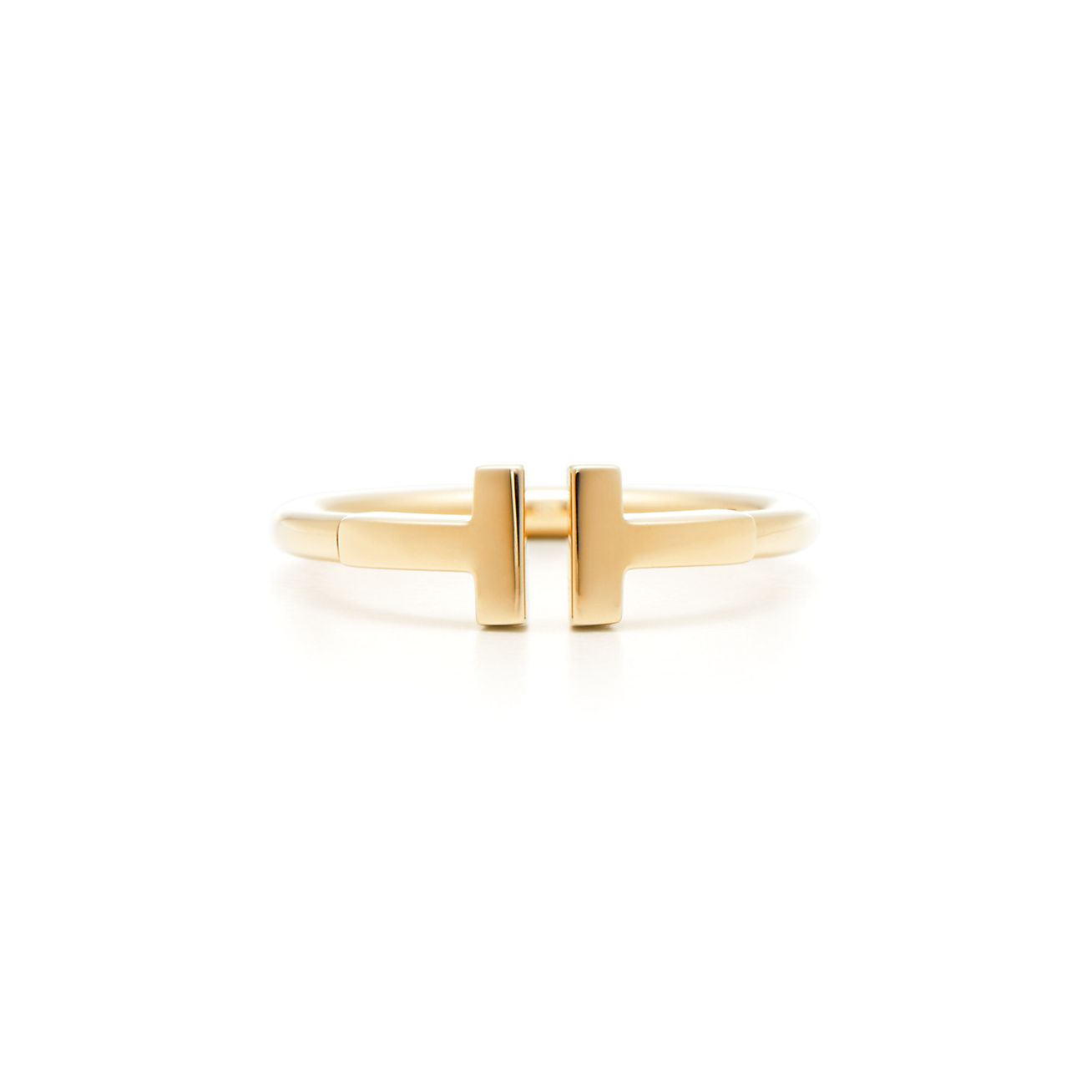 Tiffany T wire ring in 18k gold. | Tiffany & Co.