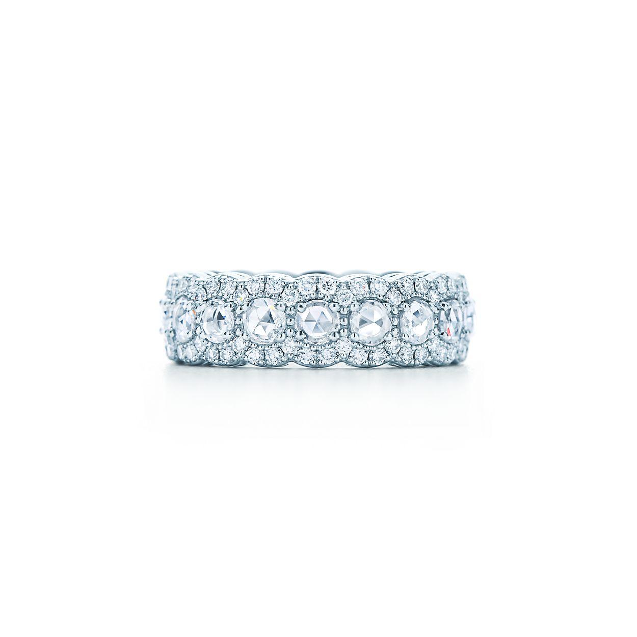 Tiffany Cobblestone band ring in platinum with diamonds. | Tiffany & Co.