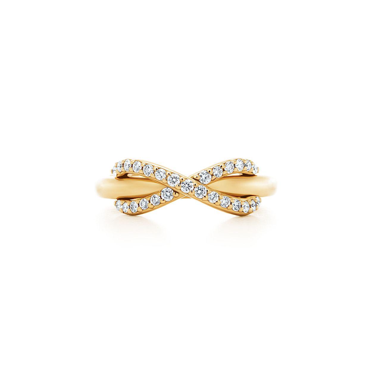 Кольцо Tiffany Infinity из золота 18 карат с бриллиантами.   Tiffany ... 7a602c8a8e5