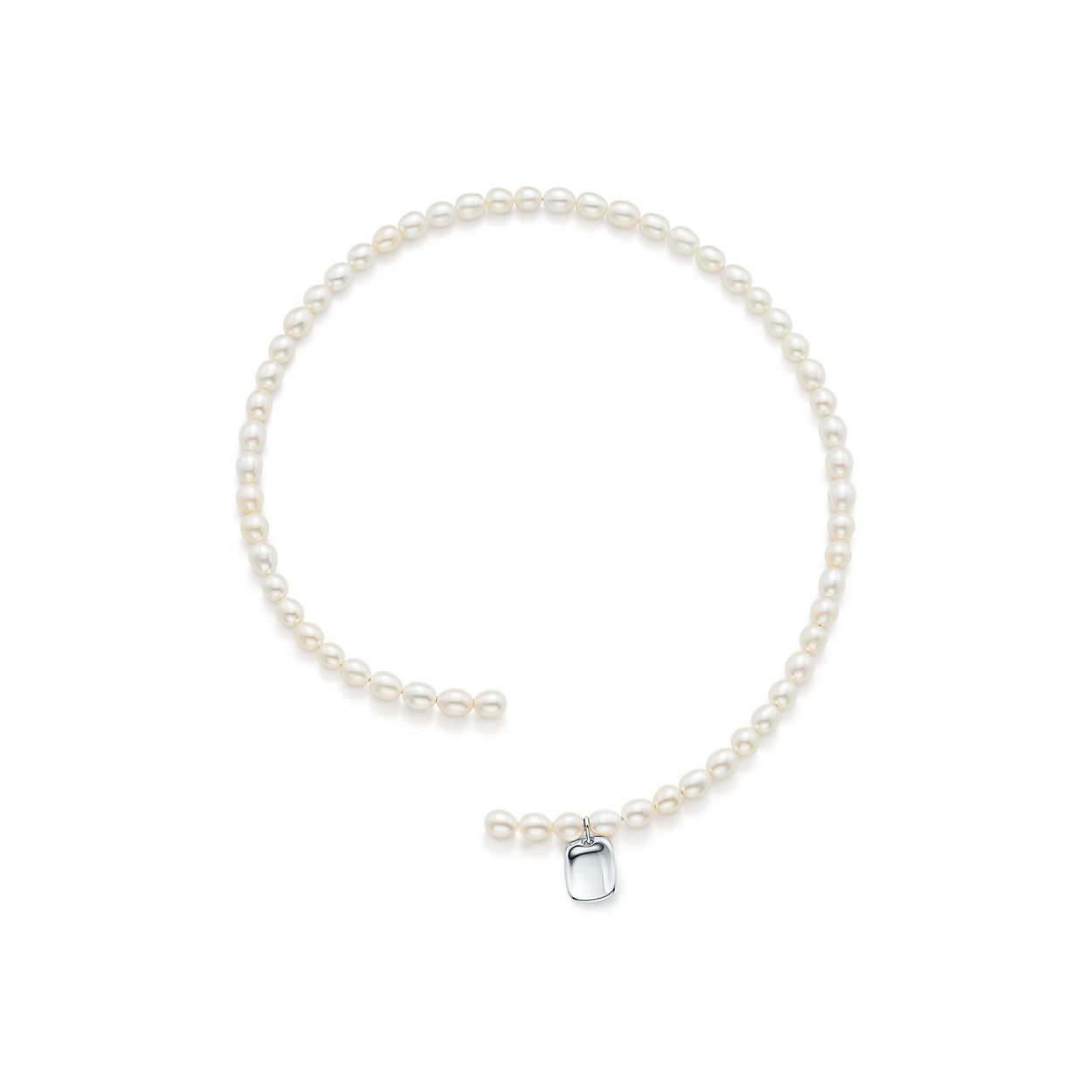Elsa Peretti freshwater pearl necklace with sterling silver star charm Tiffany & Co. aO16aB