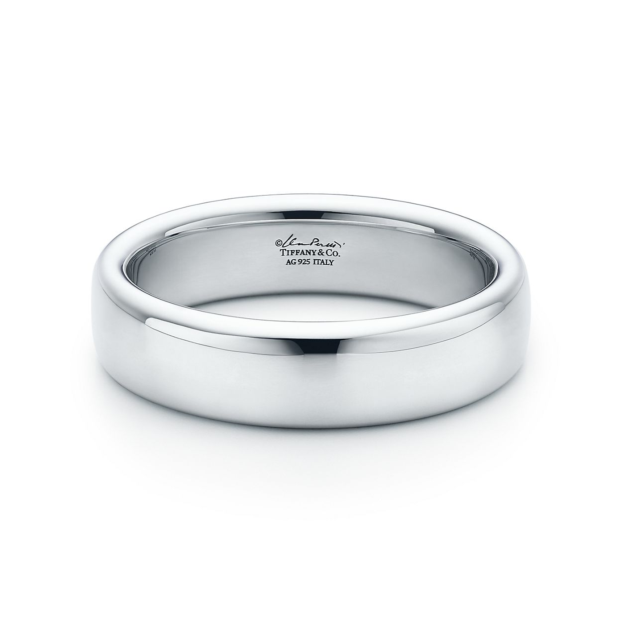 Elsa Peretti Round narrow bangle in sterling silver, medium Tiffany & Co.