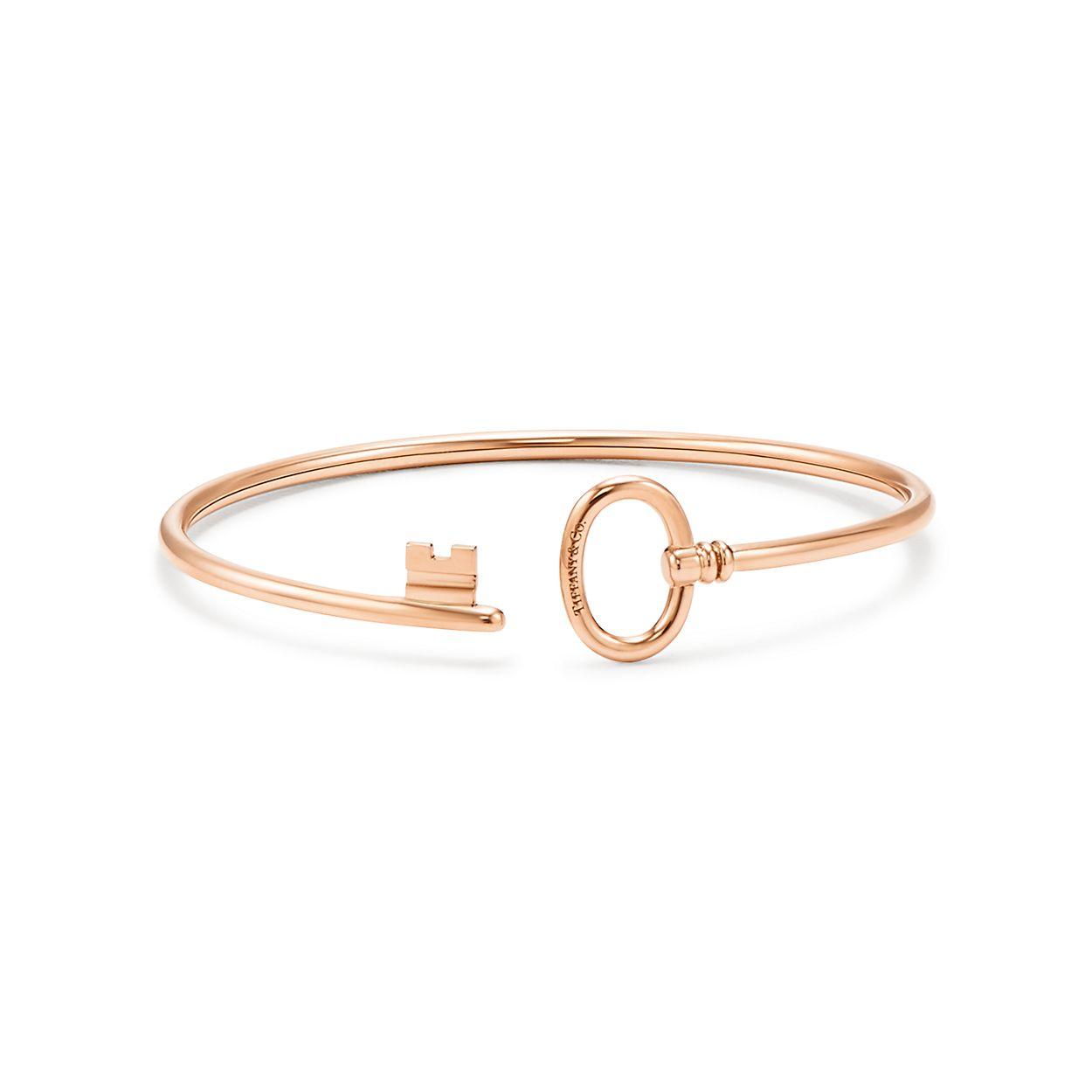 Tiffany Keys wire bracelet in 18k rose gold, medium. | Tiffany & Co.